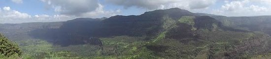 Karjat, Indien: Panorama view gives you an idea of Sahyadri mountain ranges