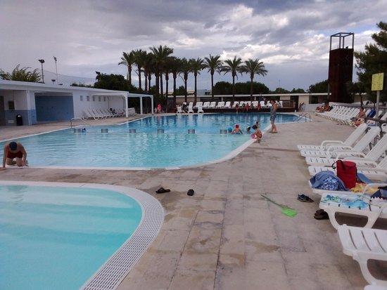 Piscine foto di magna grecia hotel village metaponto for Piscine 75012