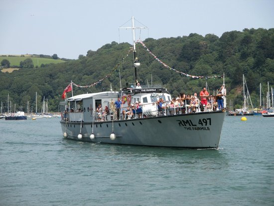 Greenway Ferry & River Boat Cruises: Here is the Fairmile!
