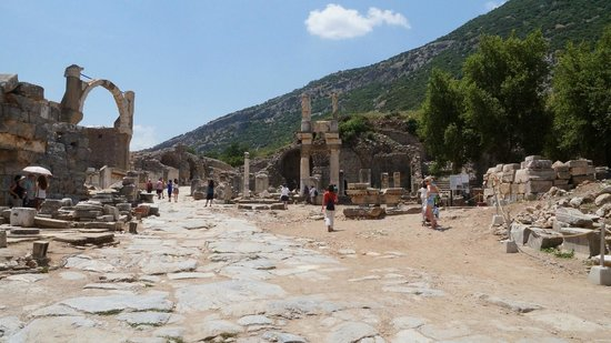 Ancient City of Ephesus: Street Kuret