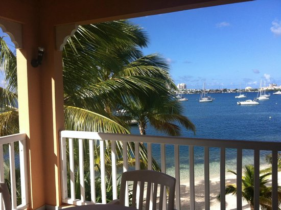 Le Flamboyant Hotel and Resort: spiaggia laguna
