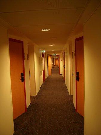 Cabinn City Hotel: the corridor
