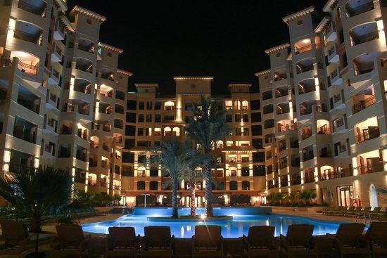 Marjan Island Resort & Spa: Outdoor pool at night.