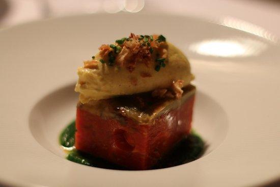 Restaurant L'Essentiel : Terrine de tomates et aubergines confites