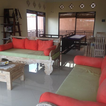 Villa Cinta: The lounge area upstairs outside our room