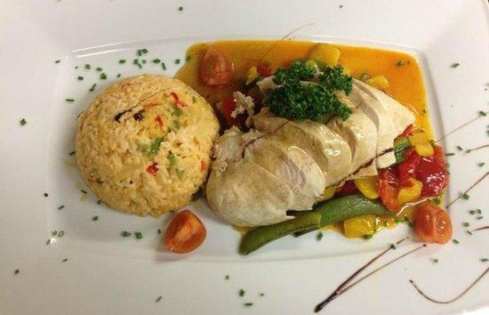 Gasthof Meindl: Hähnchebrust mit Gemüserisotto