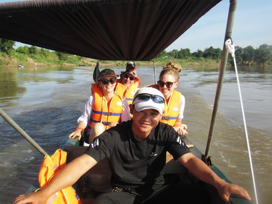 Cambodian Pride Tours - Day Tours: Boat cruise on the Mekong