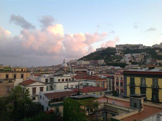 Hotel Piazza Bellini : Blick von der Terrasse