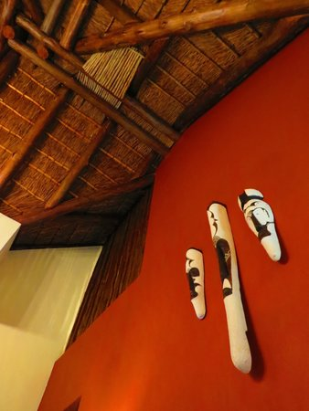 Pestana Kruger Lodge: Room decorations