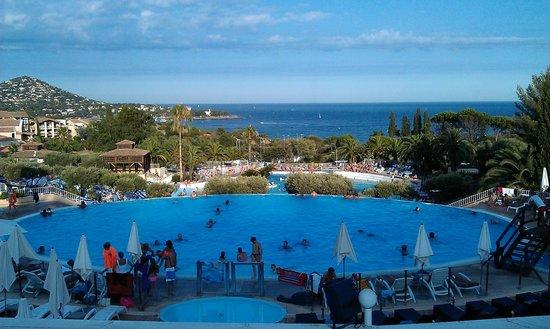 Pierre & Vacances Village Club Cap Esterel: Une des piscines du Centre