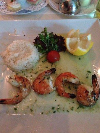 Gabor Restaurant: Garlic prawns starter