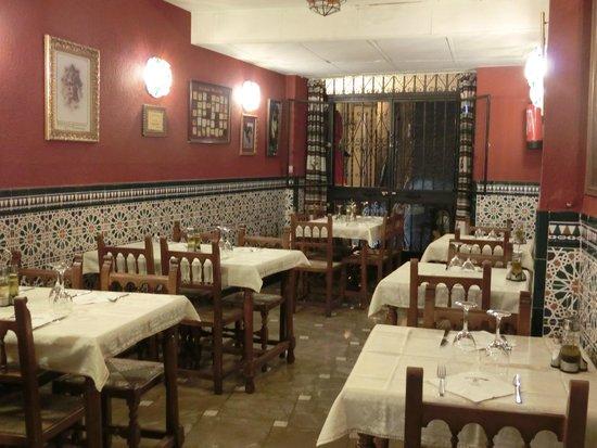 Restaurante Bar Leon: 店内のインテリア