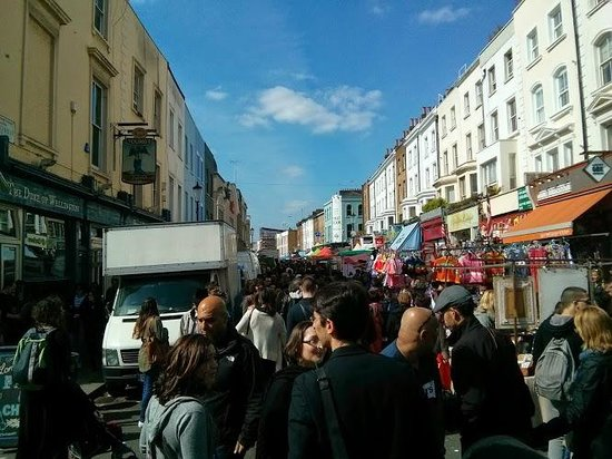 Portobello Road Market: 1