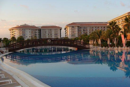 Sunconnect Sea World Resort & Spa: Basen