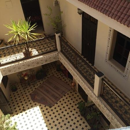 Riad El Farah : looking down from rooftop