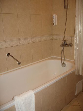 Rixwell Gertrude Hotel: Salle de bains 2