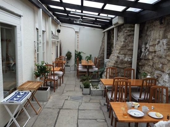 Hotel Stenugnen: Uterum för frukostbuffén