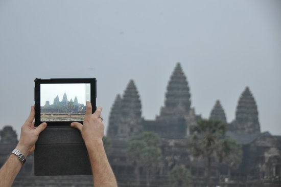 Custom Cambodian Tours - Day Tours : Angkor Wat