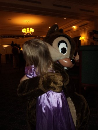Disneyland Hotel : Meeting the characters at supper