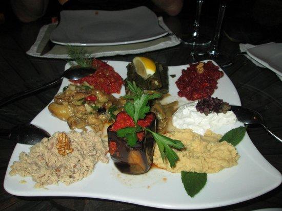 Dinner seten anatolian cuisine g reme resmi tripadvisor for Anatolian cuisine