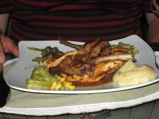 Seten Anatolian Cuisine: Meat