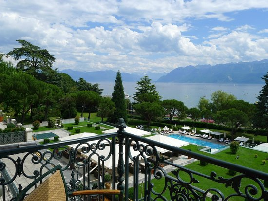 Beau-Rivage Palace : Room with a view on the Beau-Rivage gardens