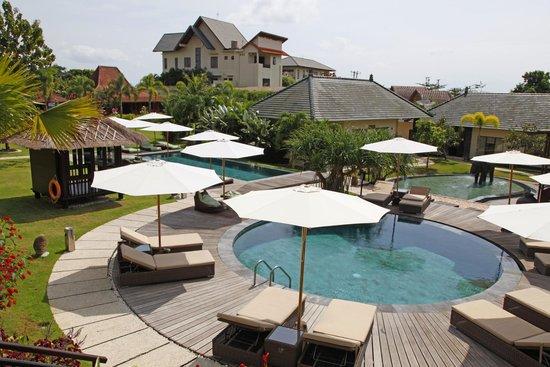 S Resorts Hidden Valley Bali : the pools