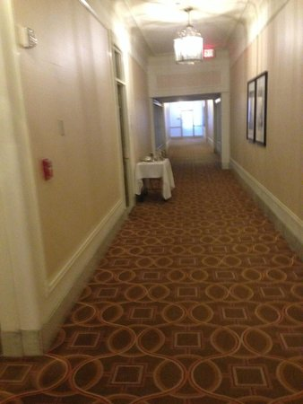 The Westin St. Francis San Francisco on Union Square: Food Trollies abandoned for hours in the corridors