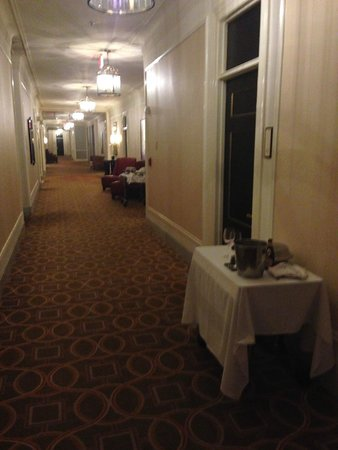 The Westin St. Francis San Francisco on Union Square : Food Trollies abandoned for hours in the corridors