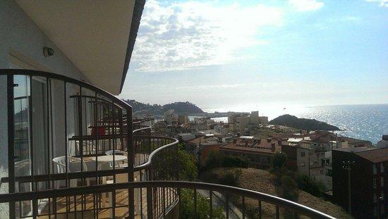 Apartamentos AR Muntanya Mar: Terraza