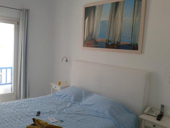 Argo Hotel Mykonos : 6 foot bed