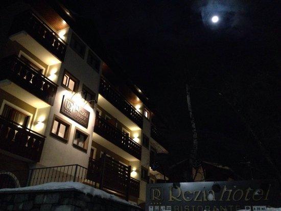Ingresso del Rezia Hotel.
