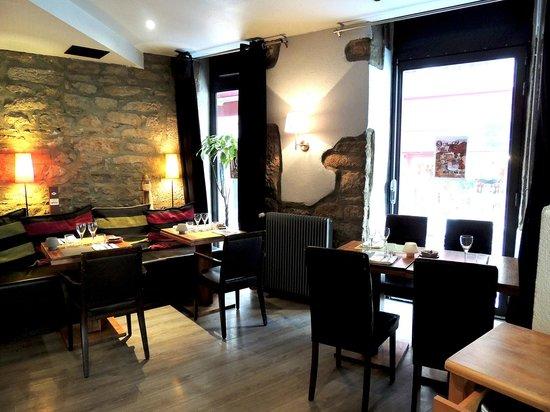 L'Absinthe Cafe : Salle
