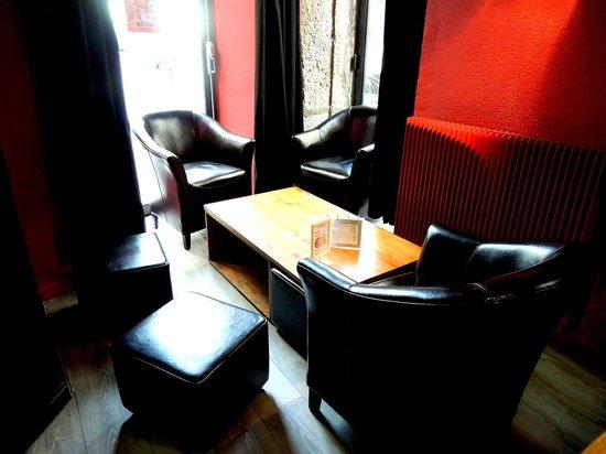 L'Absinthe Cafe : Salon