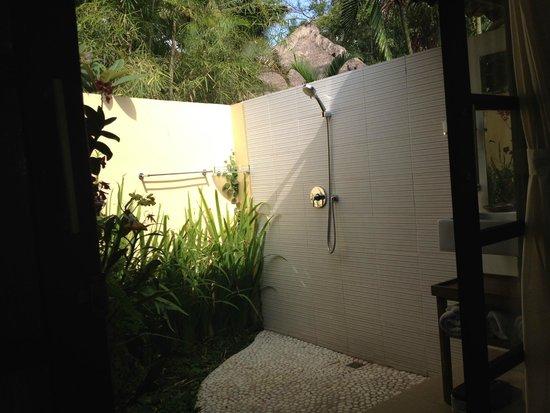 Lodtunduh Sari : Outdoor shower