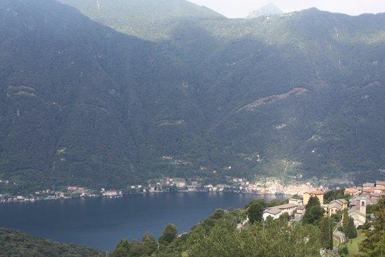 Ristorante Albergo Bellavista: Vue sur le lac de Côme