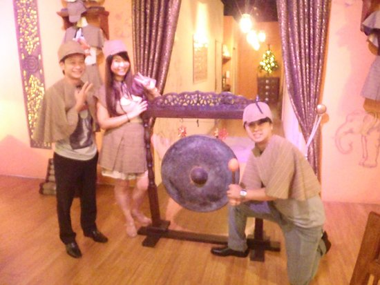 The Escape Hunt Experience Bangkok: they give you photo opp at the end