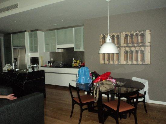 E&O Residences Kuala Lumpur : view of main living area - lovely