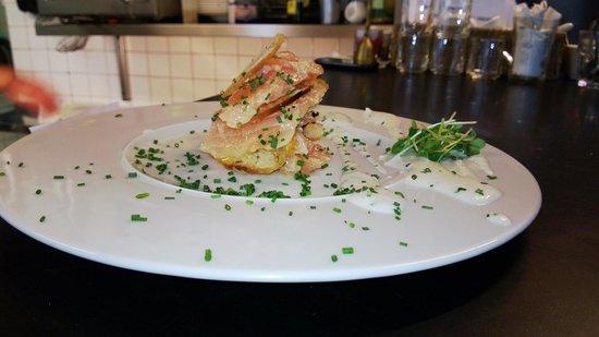 L'Absinthe Cafe : Petit plat
