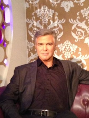 Madame Tussauds London: George Clooney (the closest I'll ever get!!!)