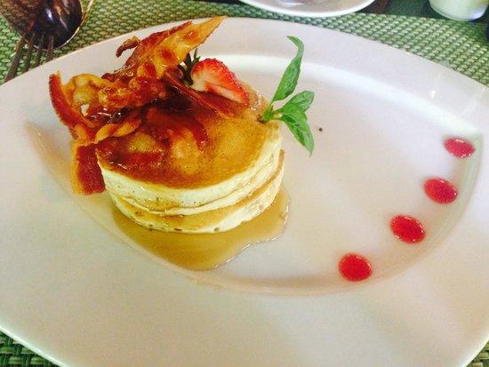 El Dorado Sensimar Riviera Maya: Breakfast at Vida