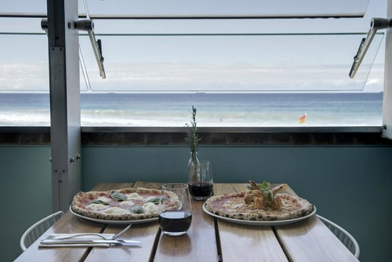 Northbeach Pavilion: Dining with a view!