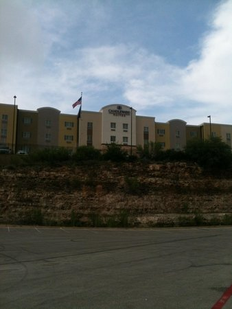Candlewood Suites San Antonio N - Stone Oak Area: Looks can be deceiving.