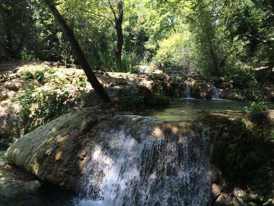 Kursunlu Waterfalls : Kurşunlu küçük şelalesi