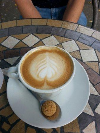 Rosenzeit: Cappuccino