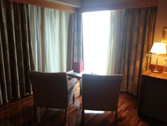 Arrecife Gran Hotel : Habitación con salón