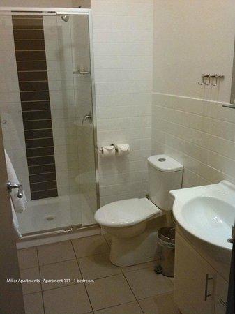 Miller Apartments Adelaide: Bathroom