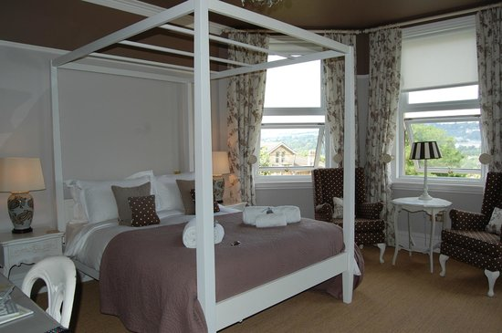 Grays Boutique B&B : The room