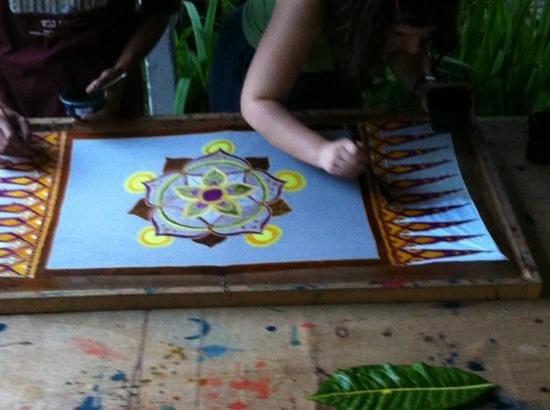 Widya's Batik: painting