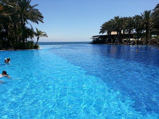 Foto de lopesan costa meloneras resort spa casino for Piscina las palmas